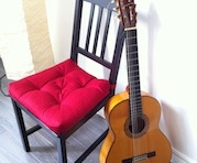 guitar-chair-cut